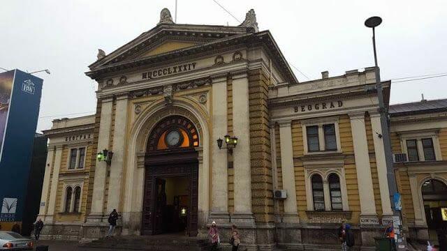 fachada principal estación de Belgrado