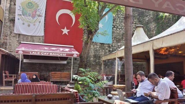 bar Lali Çay Bahçesi
