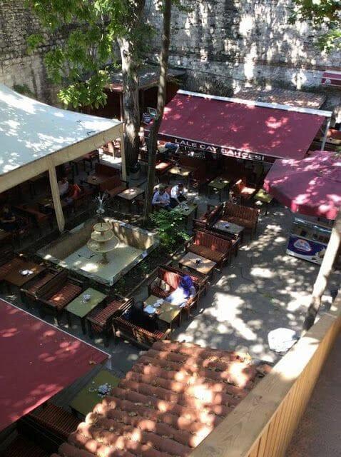 bar Lali Çay Bahçesi Estambul
