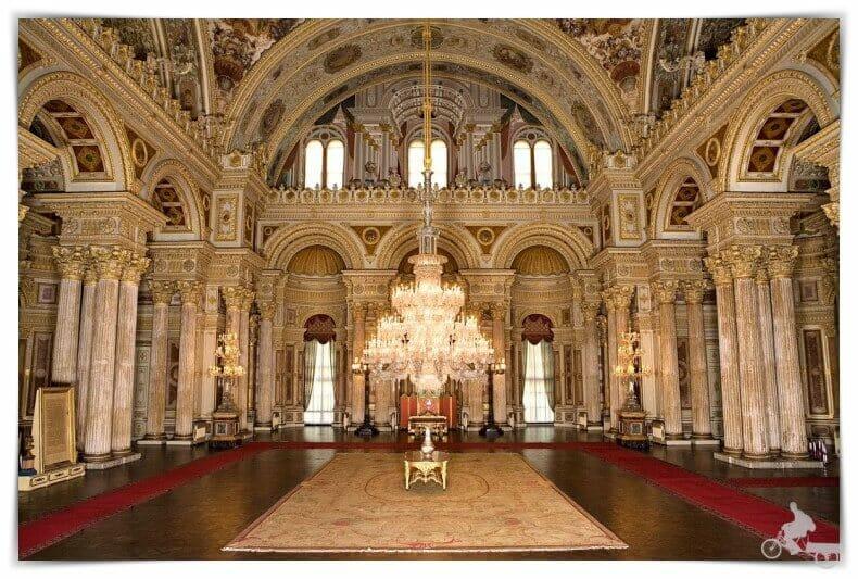 Lámpara del palacio de Dolmabahce