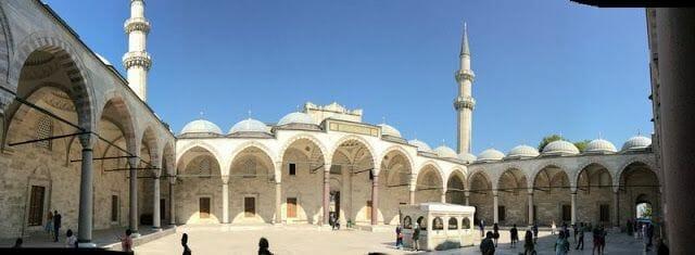 patio mezquita de Süleymaniye