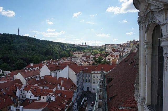 torre de la iglesia de san Nicolás Praga torre