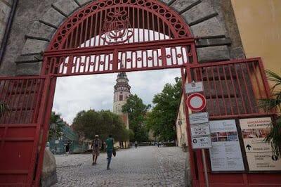 Puerta Roja castillo de Cesky krumlov
