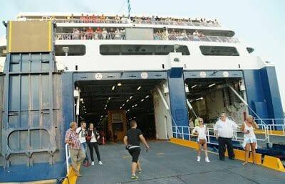 Cómo ir en Ferry de Atenas a Naxos