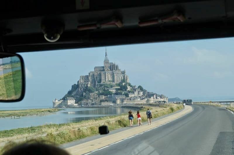 mont saint michel desde shuttle