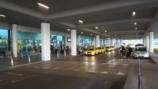 taxis aeropuerto de Praga