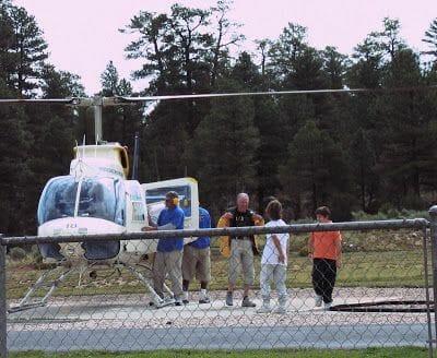 helicóptero por el Gran Cañón del Colorado