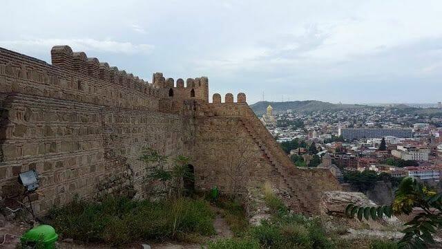 fortaleza de Narikala