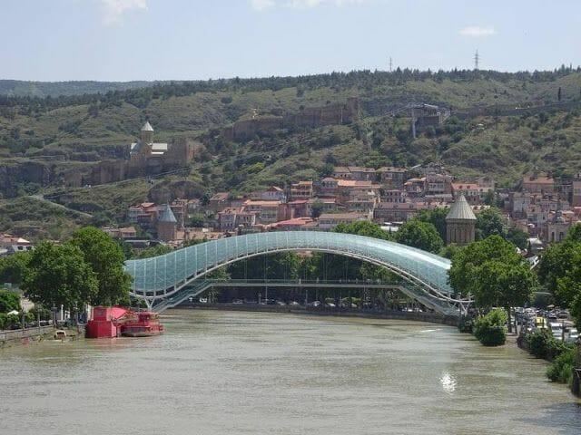 Puente de la paz de Tiflis
