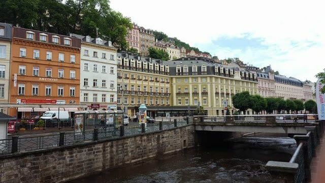edificios típicos de Karlovy Vary