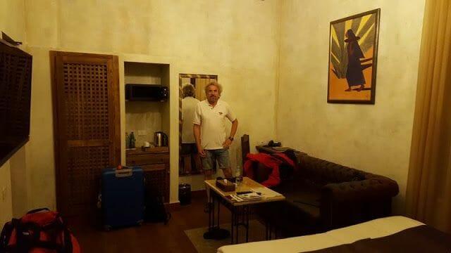 habitacion Caucasus hotel Erevan