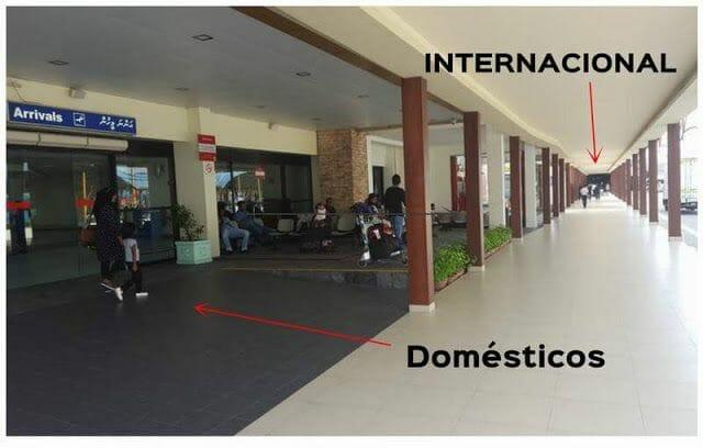 de la terminal internacional a la de domesticos en Maldivas