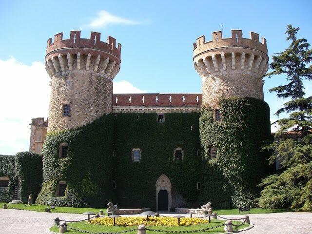 castillo de Perelada, castell de Perelada