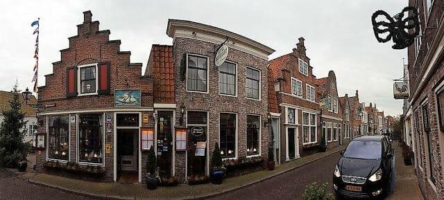 pueblo de edam en el tour dedescansando del tour de Zaanse Schans Edam Volendam y Marken