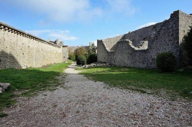 esplanada castillo de Peyrepertuse