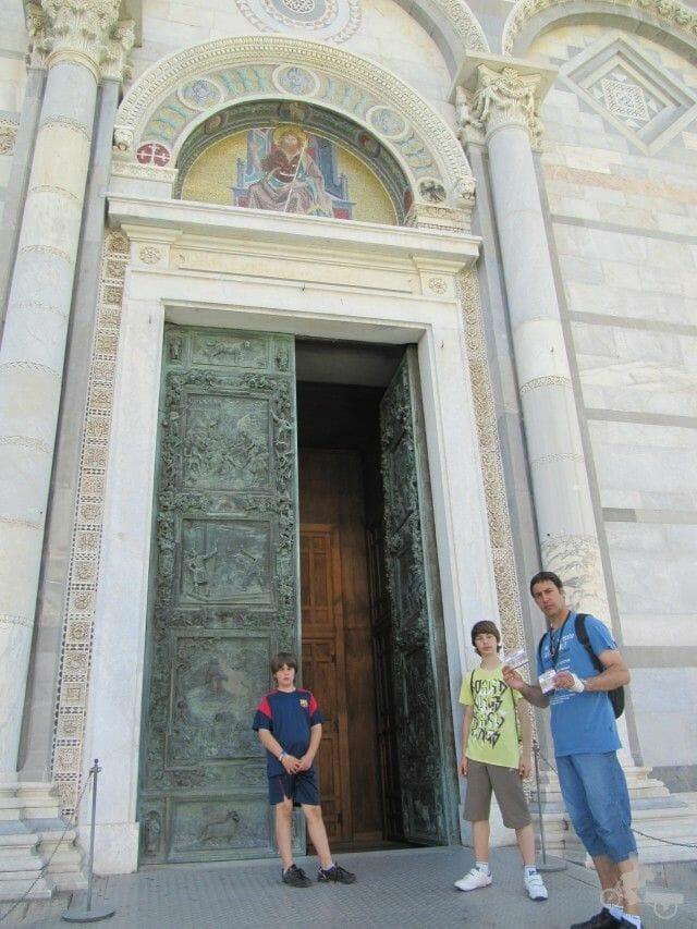 puertas de bronce catedral de pisa