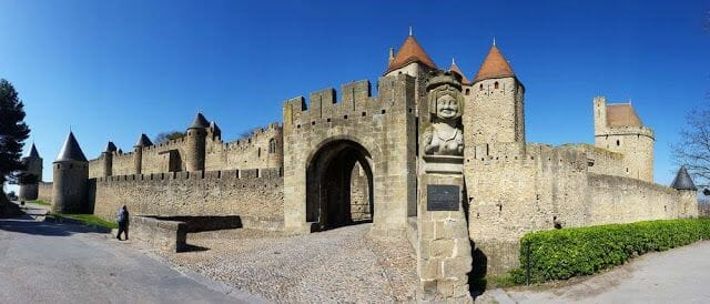 La puerta Narbonesa