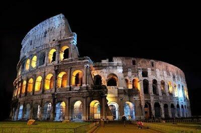 Tour nocturno por la Roma iluminada - mejores visitas guiadas Roma