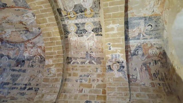 pinturas de la iglesia rupestre Santa María de Vals