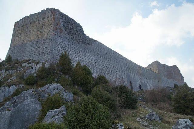 castillo de Montsegur muralla