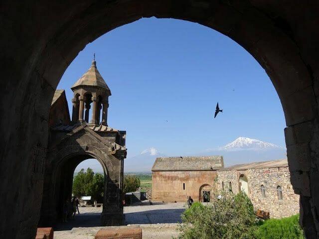 monasterio de Khor Virap con el Ararats detrás