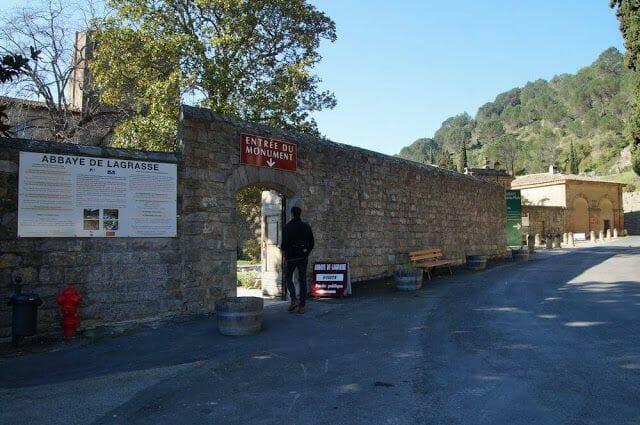 entrada abadia lagrasse