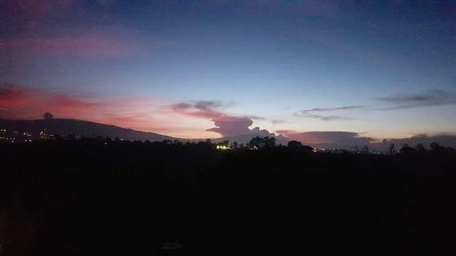 volcan poas en erupcion