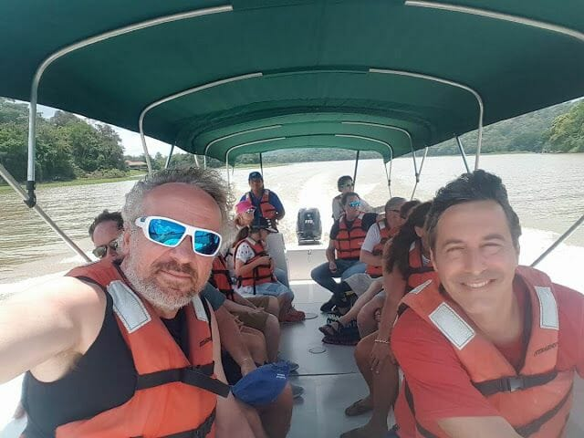 lago Gatún en lancha