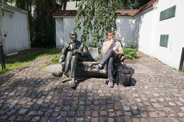 Monumento a Jan Karski barrio judío de Cracovia