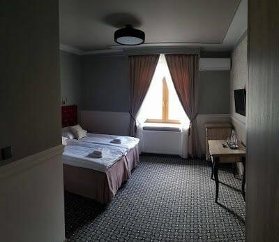 donde dormir en Tarnów