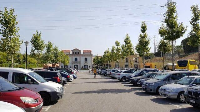 aparcamiento la Roca Village Barcelona outlet parking