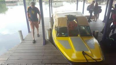 Bote de Almirante a Bocas del Toro