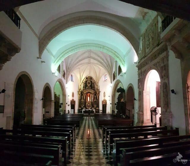 interior iglesia Convento de los Dominicos de Santo Domingo
