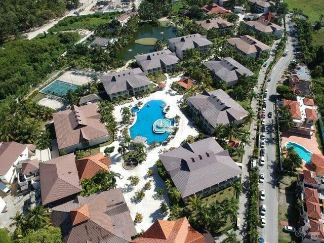 piscina del ifa bavaro desde el aire