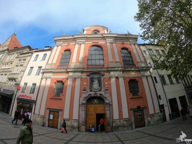 Bürgersaalkirche fachada munich
