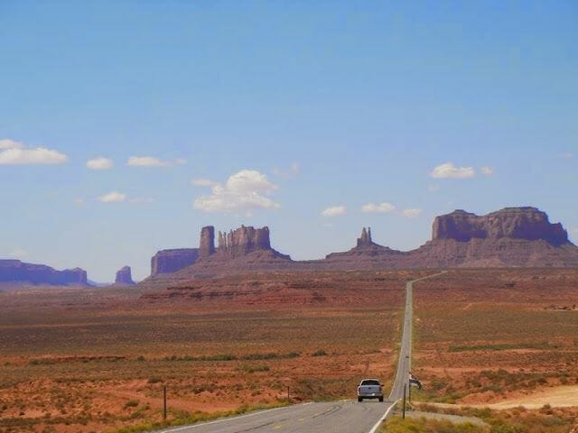 Carretera hacia Monument Valley