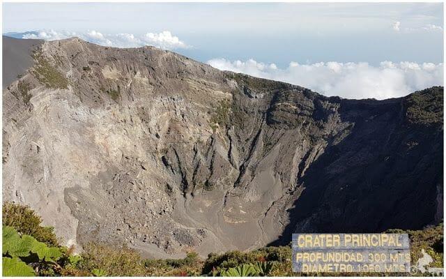 crater principal volcan irazu sin laguna