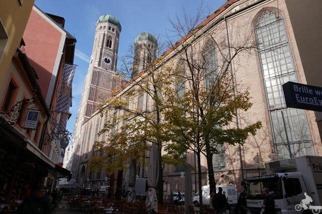 Catedral de Nuestra Señora de Múnich ladrillo rojo