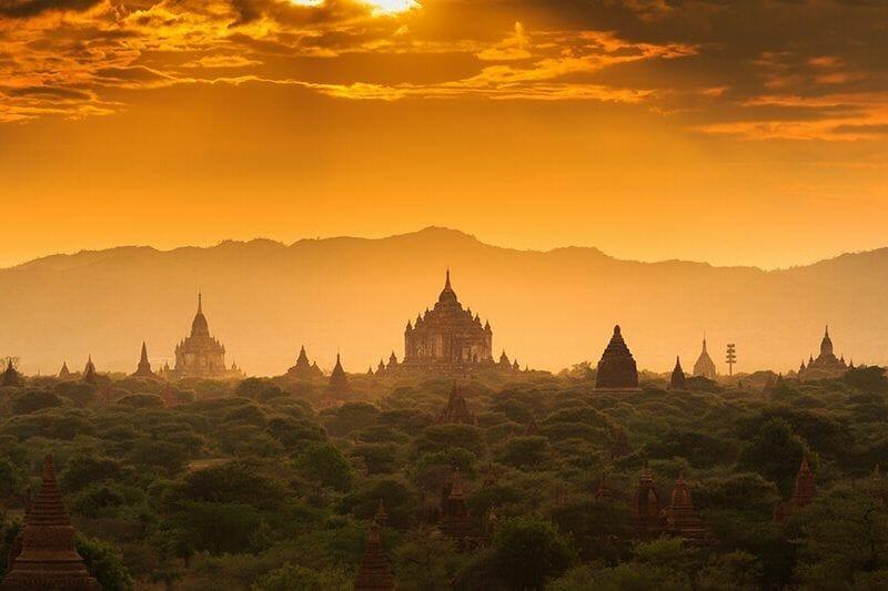 atardecer en camboya