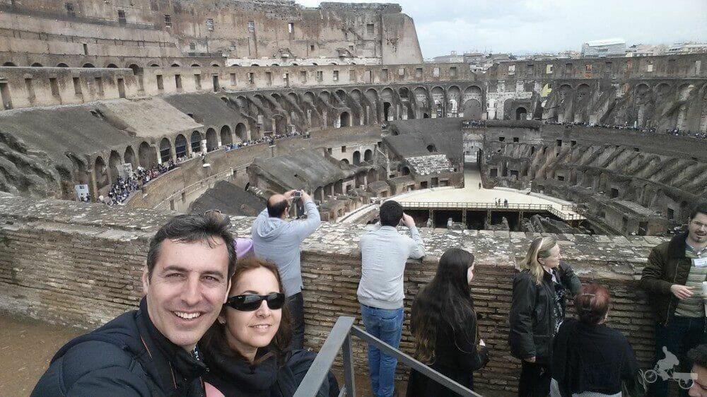 vistas coliseo romano desde tercer anillo selfie