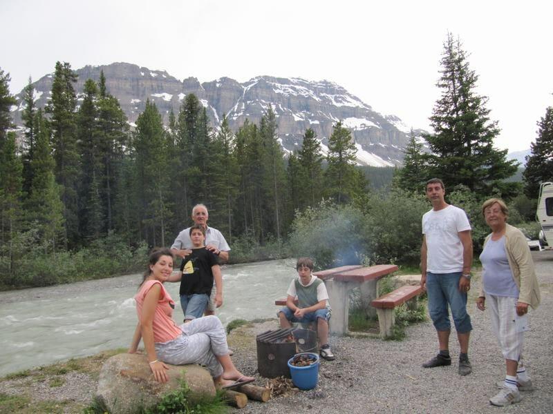 barbacoa en el camping mosquito creek de Canadá