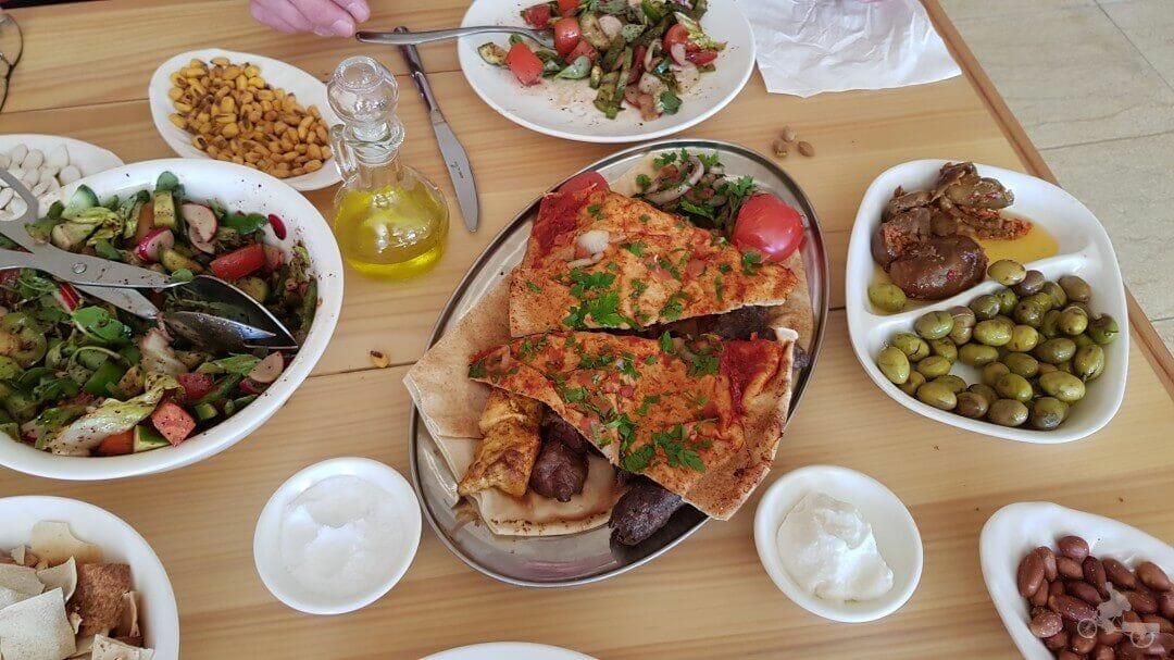 comida hotel samar bisharri