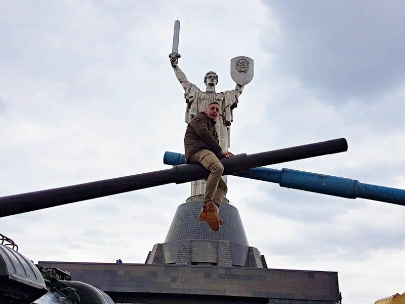 madre patria Mejores Free Tours en Kiev