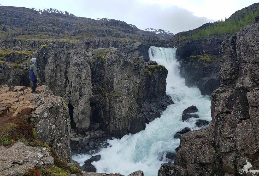 cascadas Sveinstekksfoss