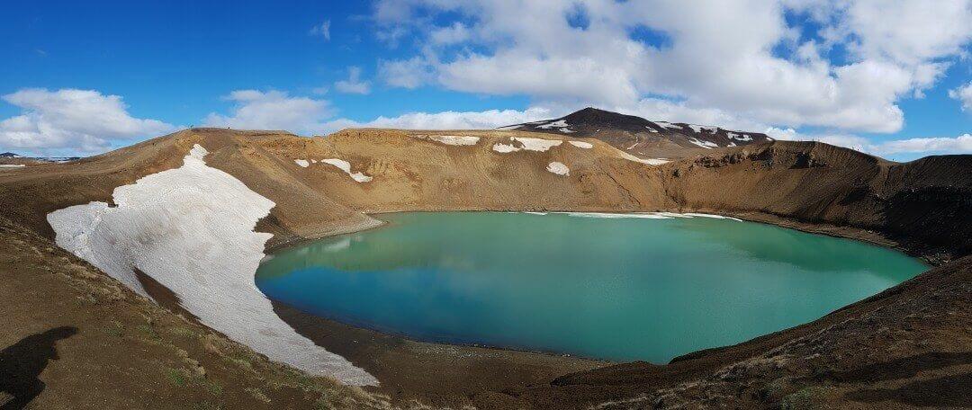 crater laguna viti islandia