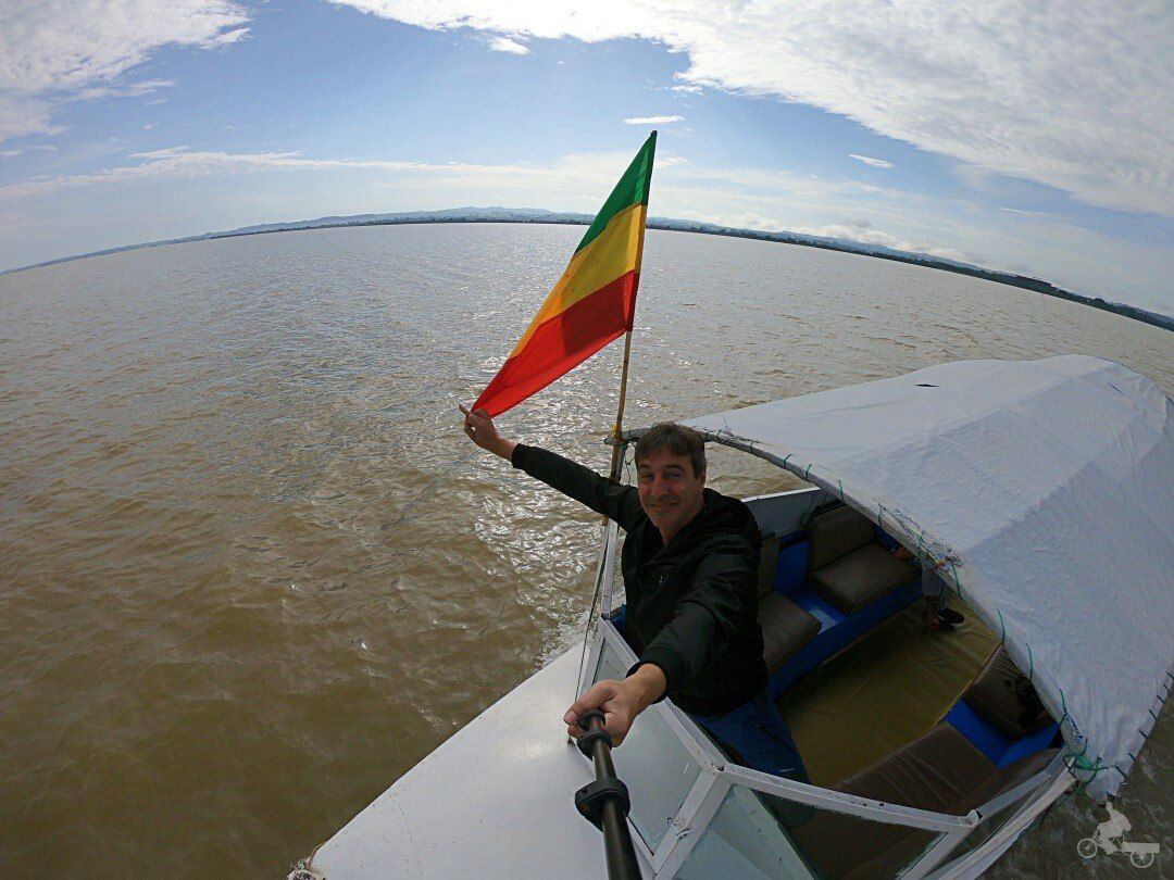 navegar lago tana