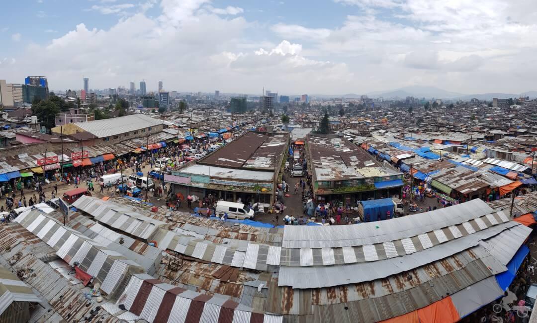 panoramica mercado adis abeba etiopia