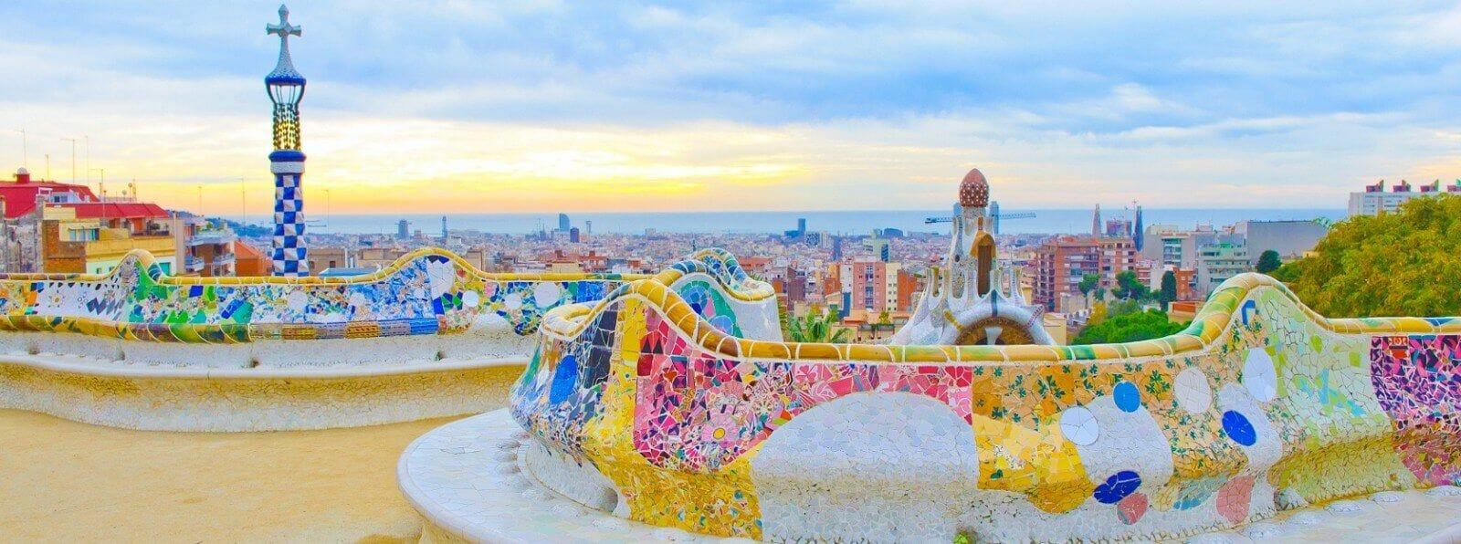 panoramica de barcelona gaudi parque güell