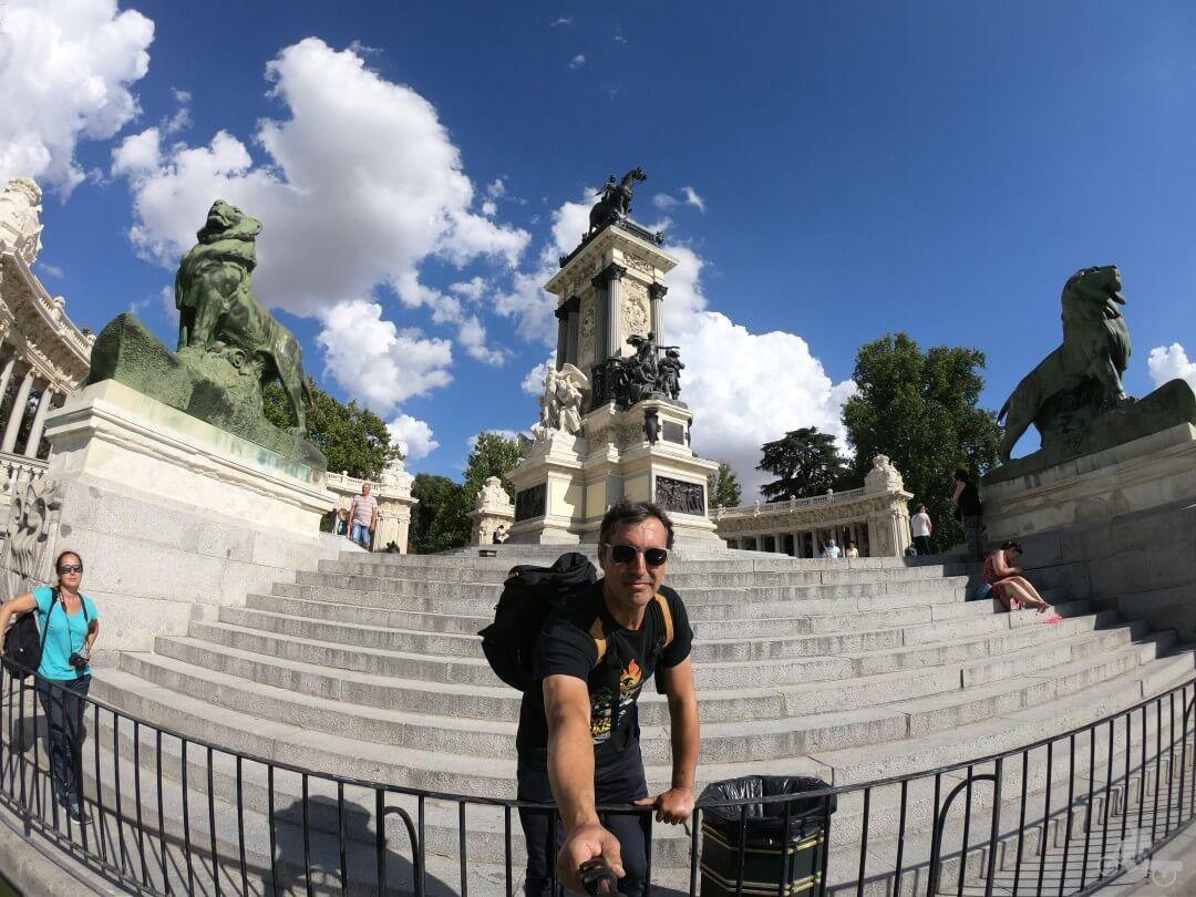 Monumento a alfonso xii en el retiro madrid