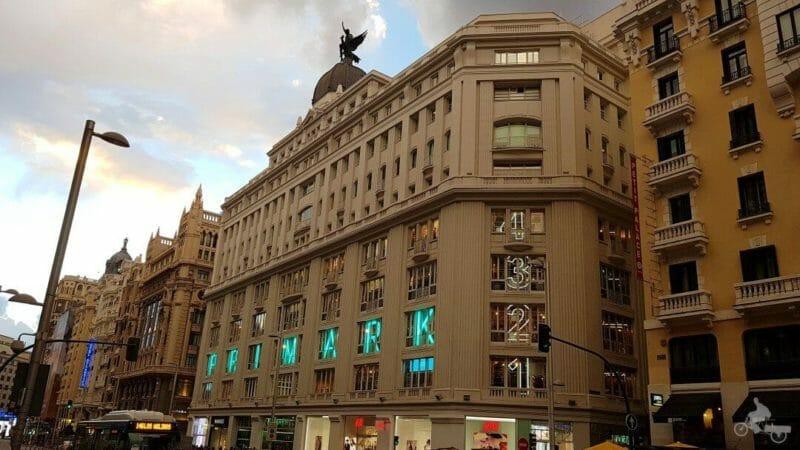 edificio madrid paris
